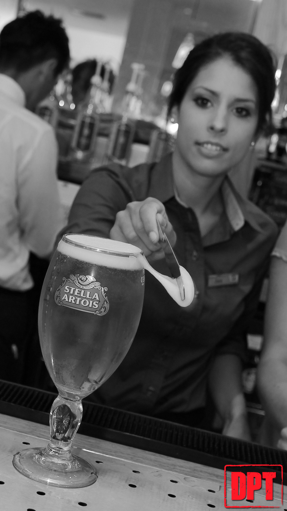 Stella Artois - 32 - Branded.jpg