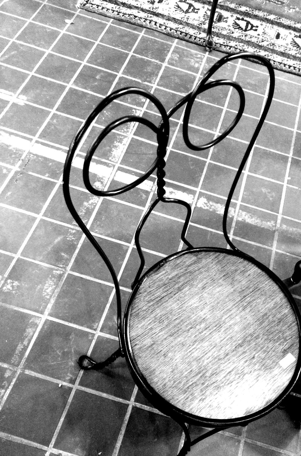wirechair2.jpg