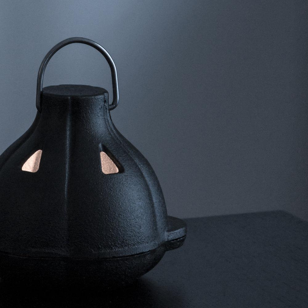 lanternclose.jpg