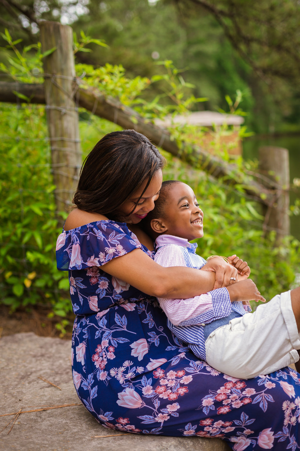 Raney Family Portraits  at  Sims Lake Park Atlanta by Ayeris Weddings -1685.jpg