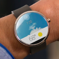 Moto 360 running Android Wear