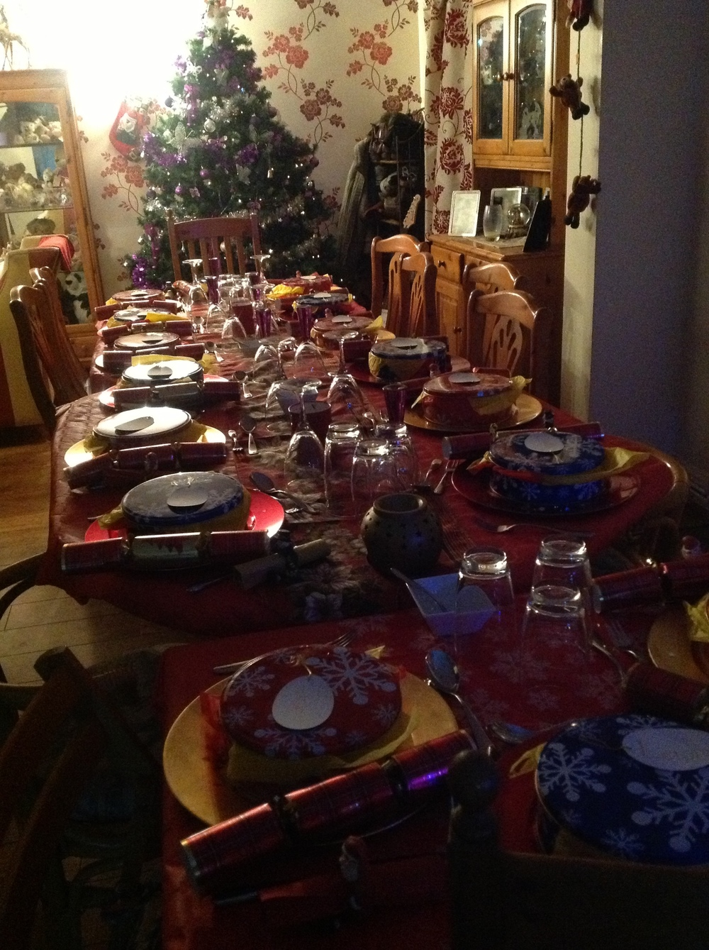 That delicious Christmas dinner at that stunningly laid table.