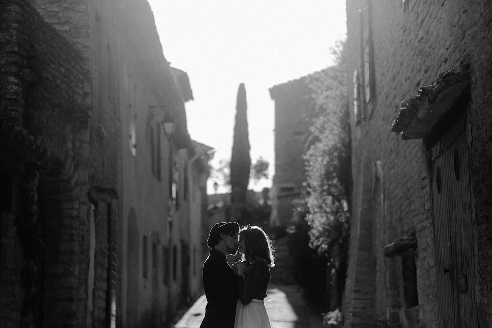 goult provence france elopement vow renewal couple portrait photo