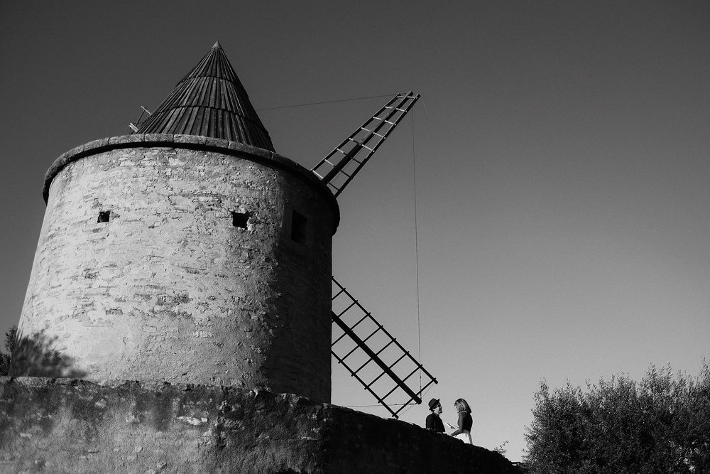 goult provence france elopement vow renewal couple windmill photo