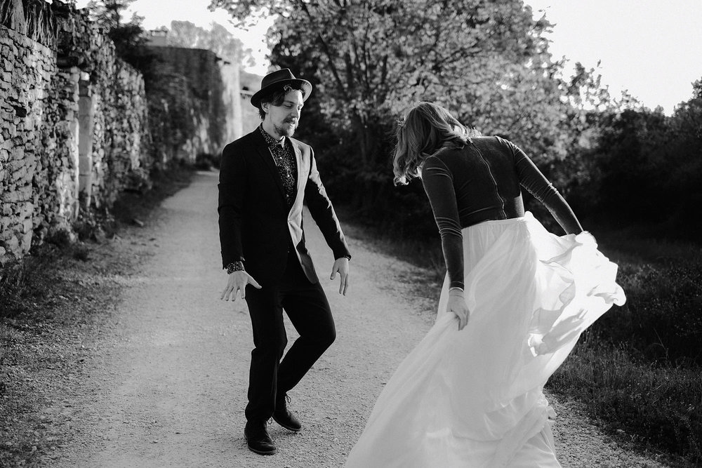 goult provence france elopement vow renewal couple dancing photo