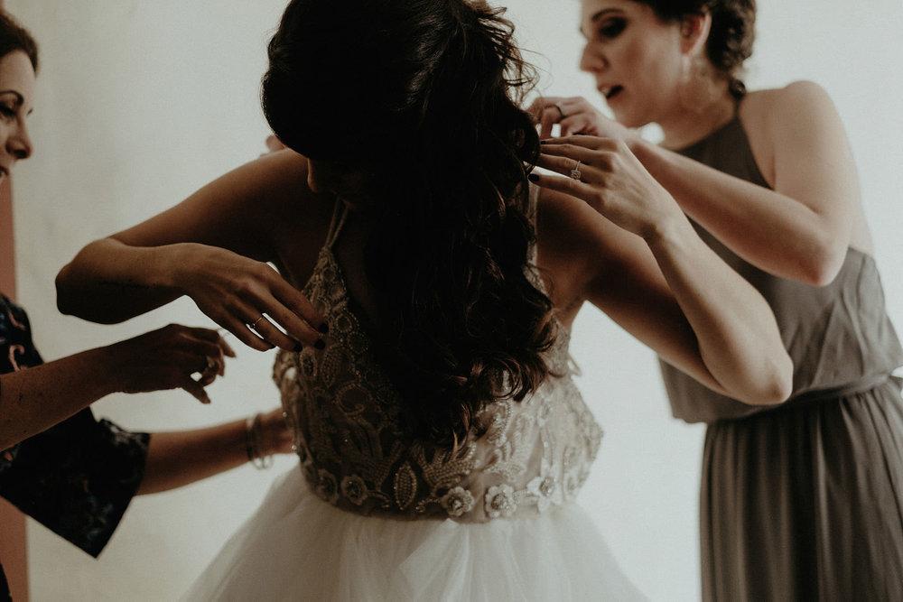 andover new jersey crossed keys estate adventure wedding photographer bride putting on dress