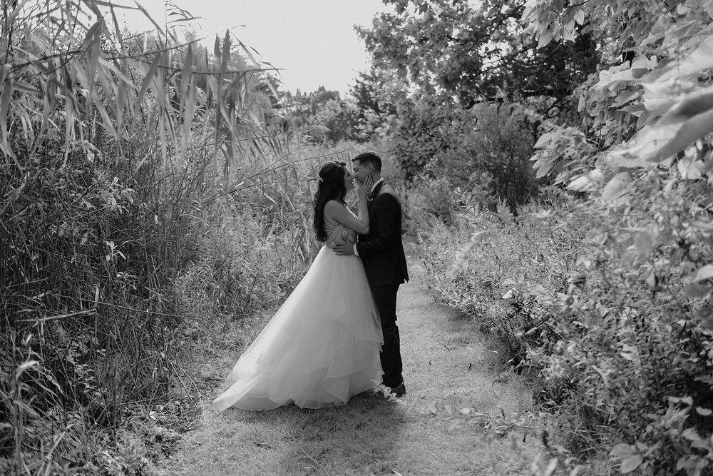 andover new jersey crossed keys estate adventure wedding photographer bride groom portrait