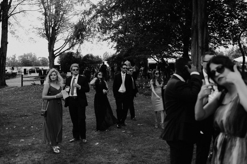 andover new jersey crossed keys estate adventure wedding photographer ceremony guests
