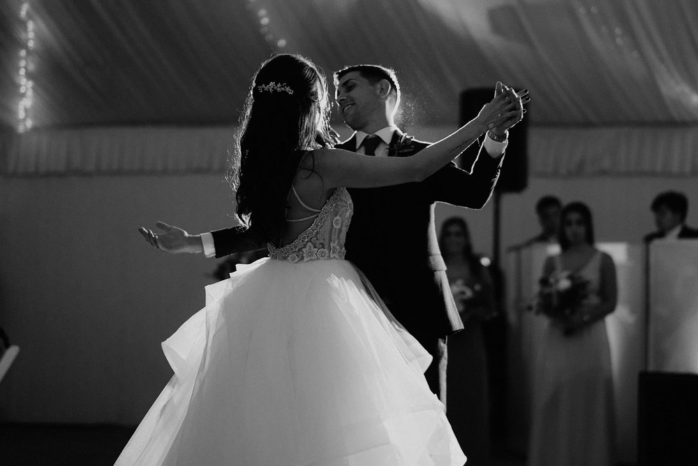 andover new jersey crossed keys estate adventure wedding photographer reception first dance