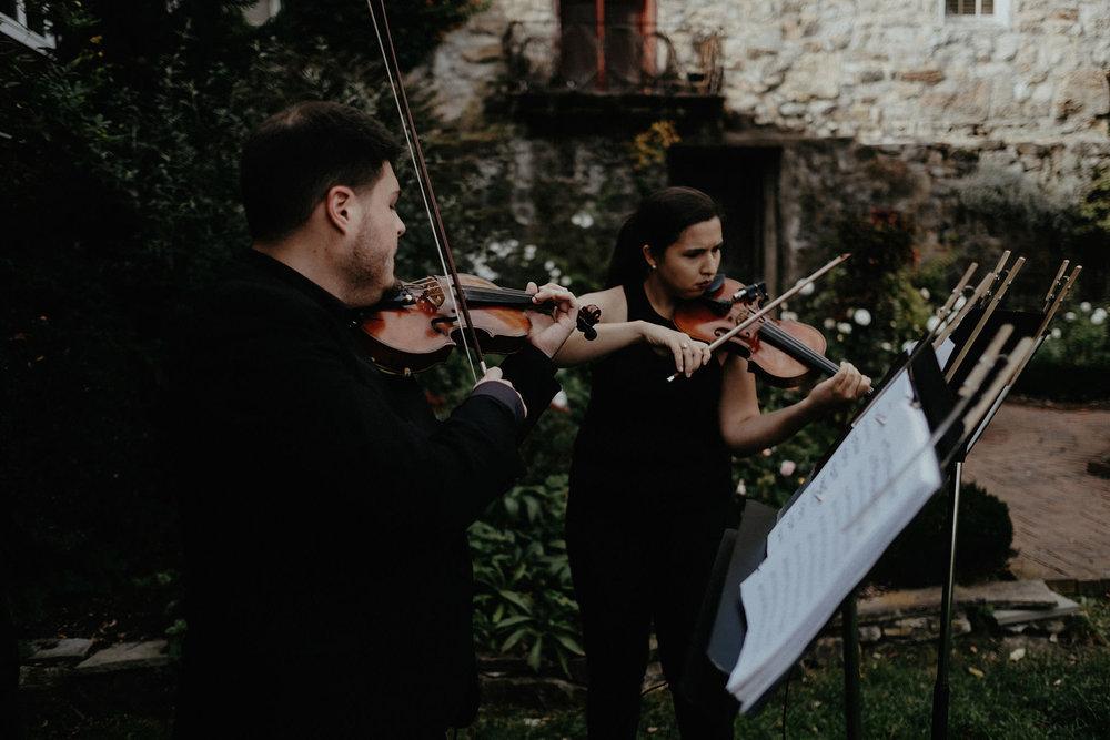 andover new jersey crossed keys estate adventure wedding photographer ceremony violin musicians