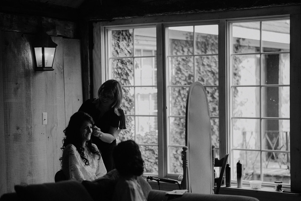 andover new jersey crossed keys estate adventure wedding photographer bride getting ready hair