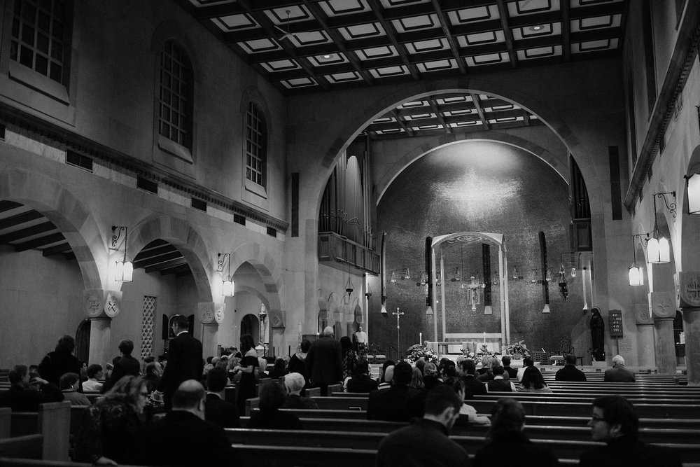 cincinnati warehouse wedding photographer cathedral architecture church ceremony