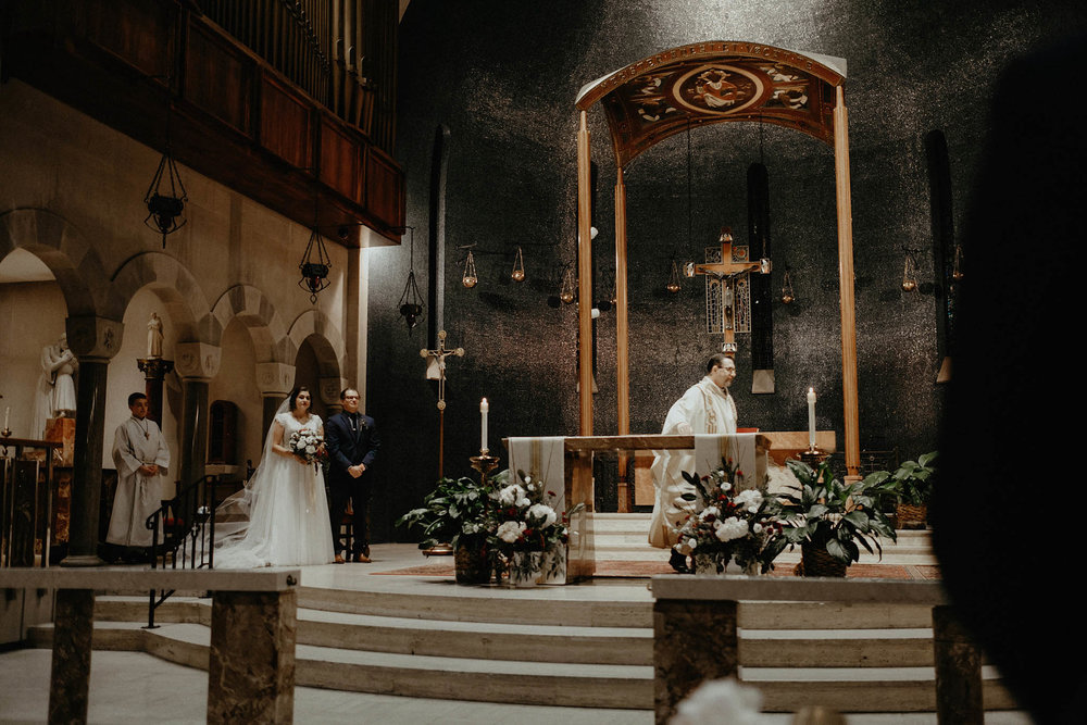 cincinnati warehouse wedding photographer cathedral church ceremony