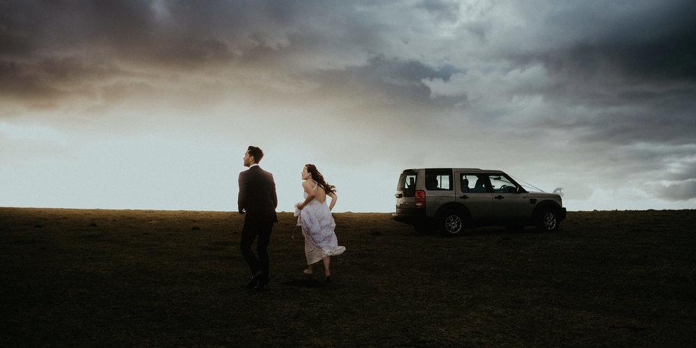 provence france adventure elopement photographer goult sunset bride and groom portrait