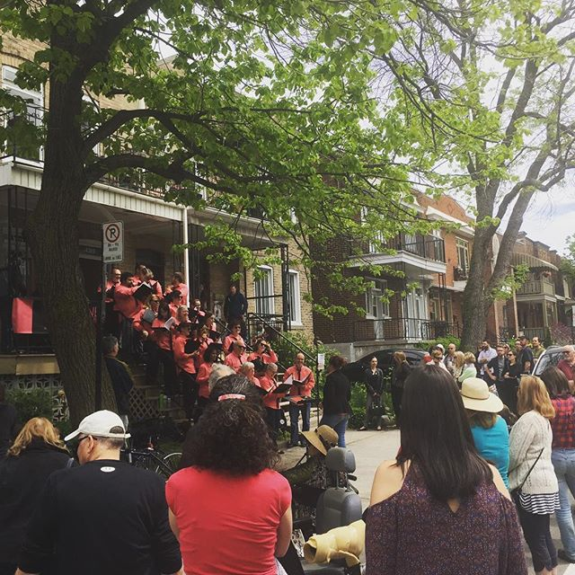 Fantastic crowd at Porchfest NDG!