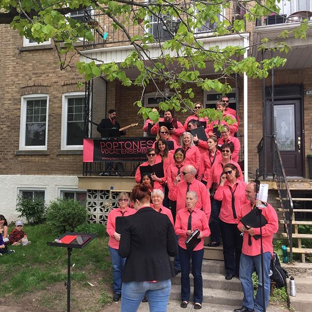 A sea of pink! Moments before Porchfest NDG.
