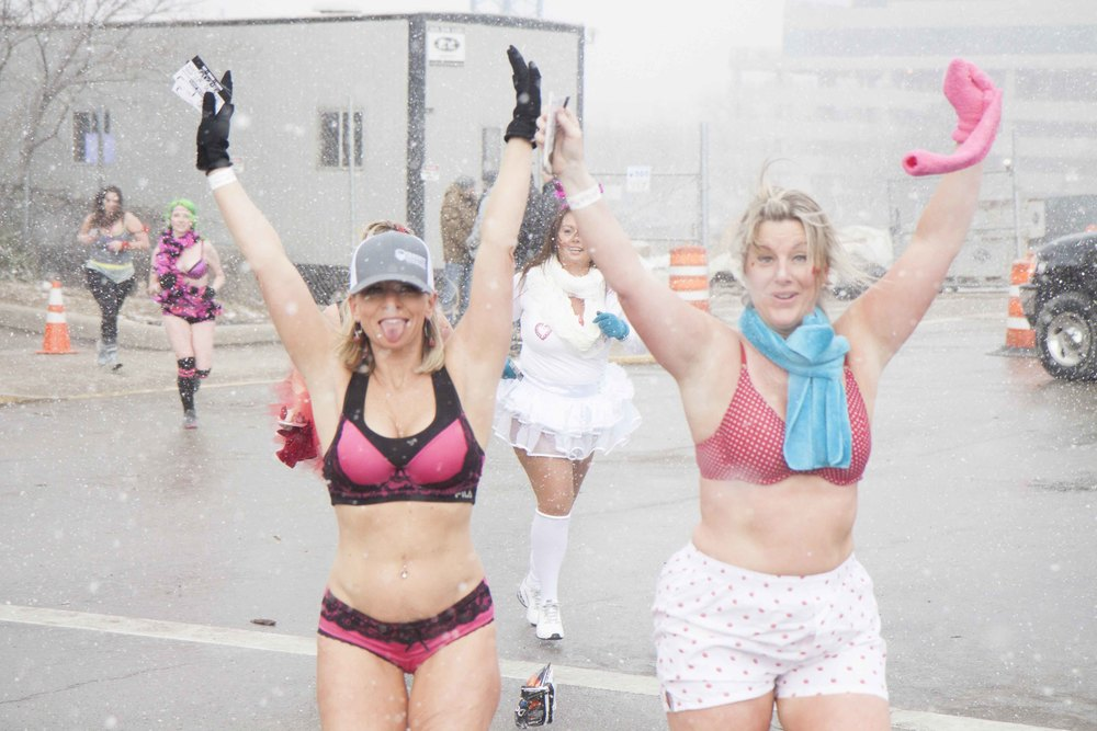 Cincinnati Cupid Undie Run 2015 - 27.jpg