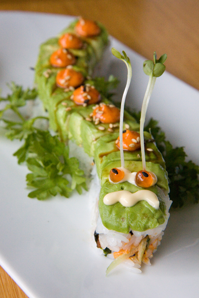 Oysy Sushi - Caterpillar Roll 1.jpg