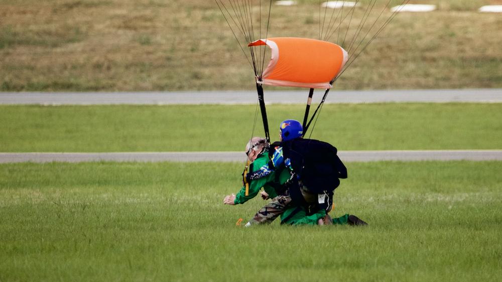 Skydive95.jpg