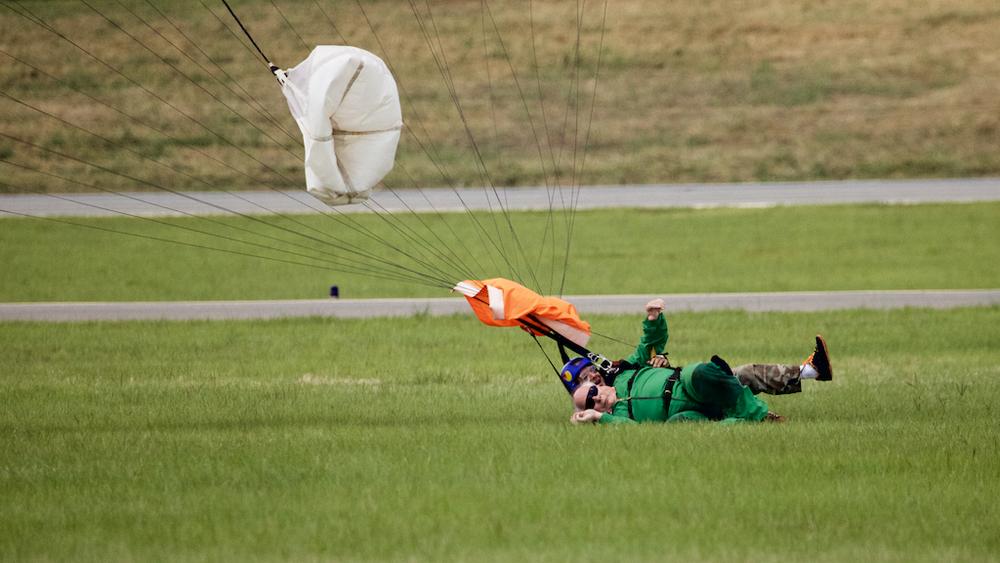 Skydive96.jpg