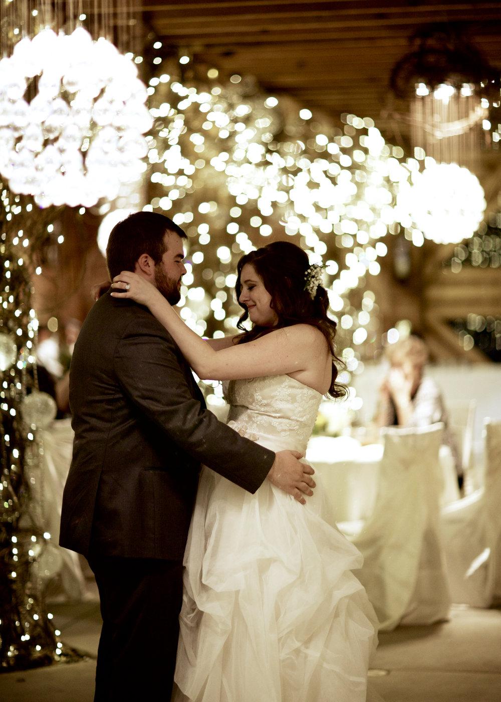 Wedding325.jpg