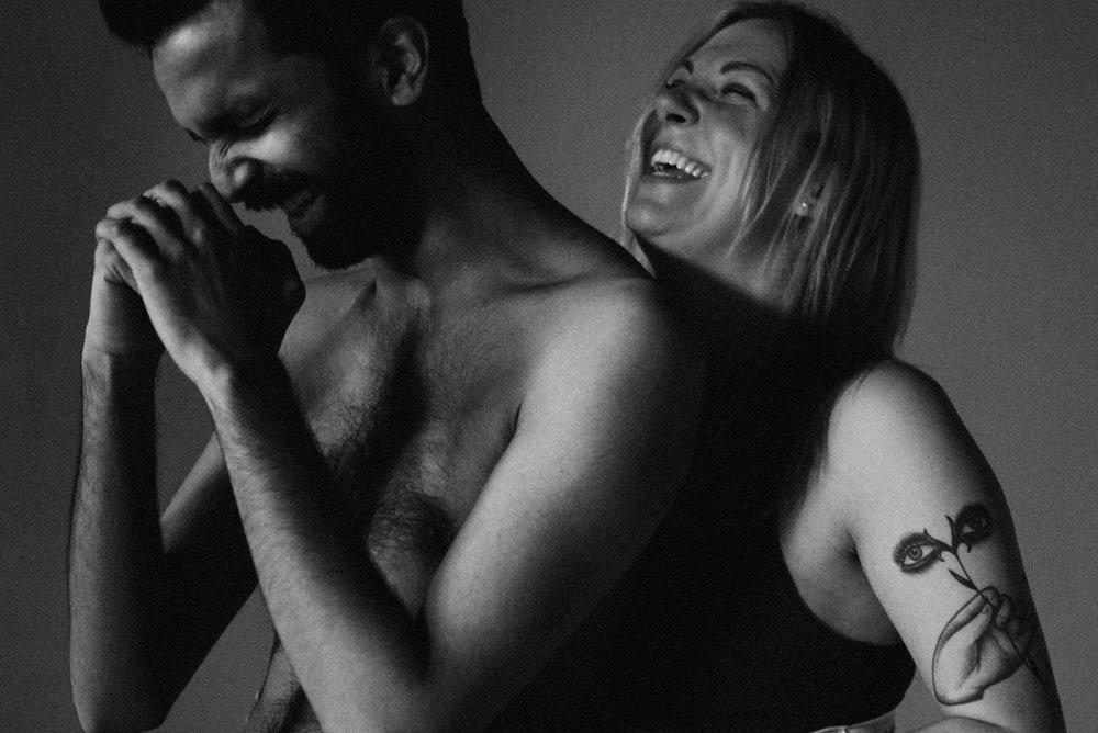 Intimate Toronto engagement photographer
