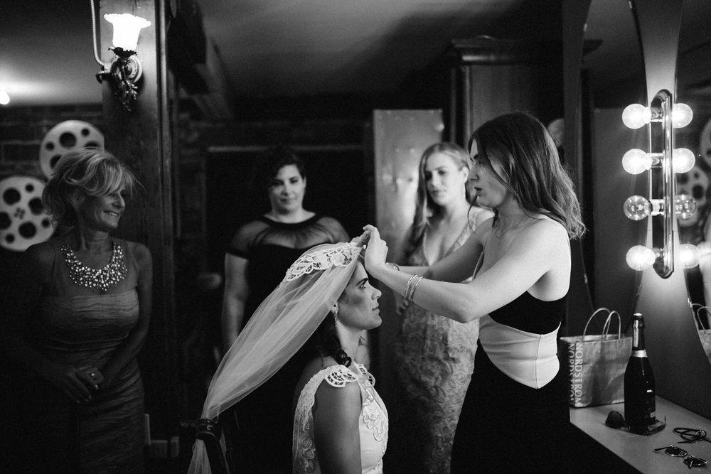 Artistic Toronto wedding photographer