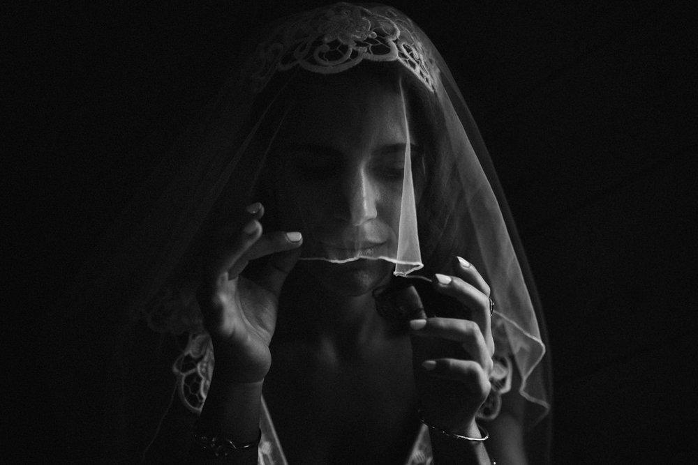 Black and white Toronto wedding photography
