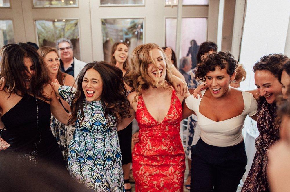 emotive dancing photos at wedding