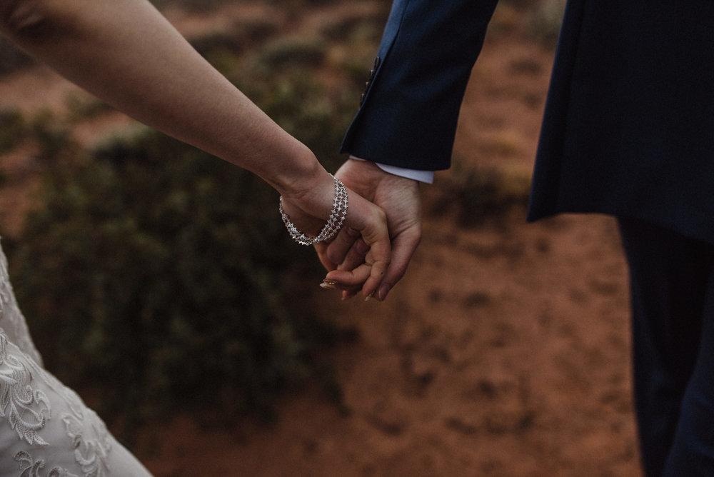 LiatAharoni-utah-elopement-112.jpg