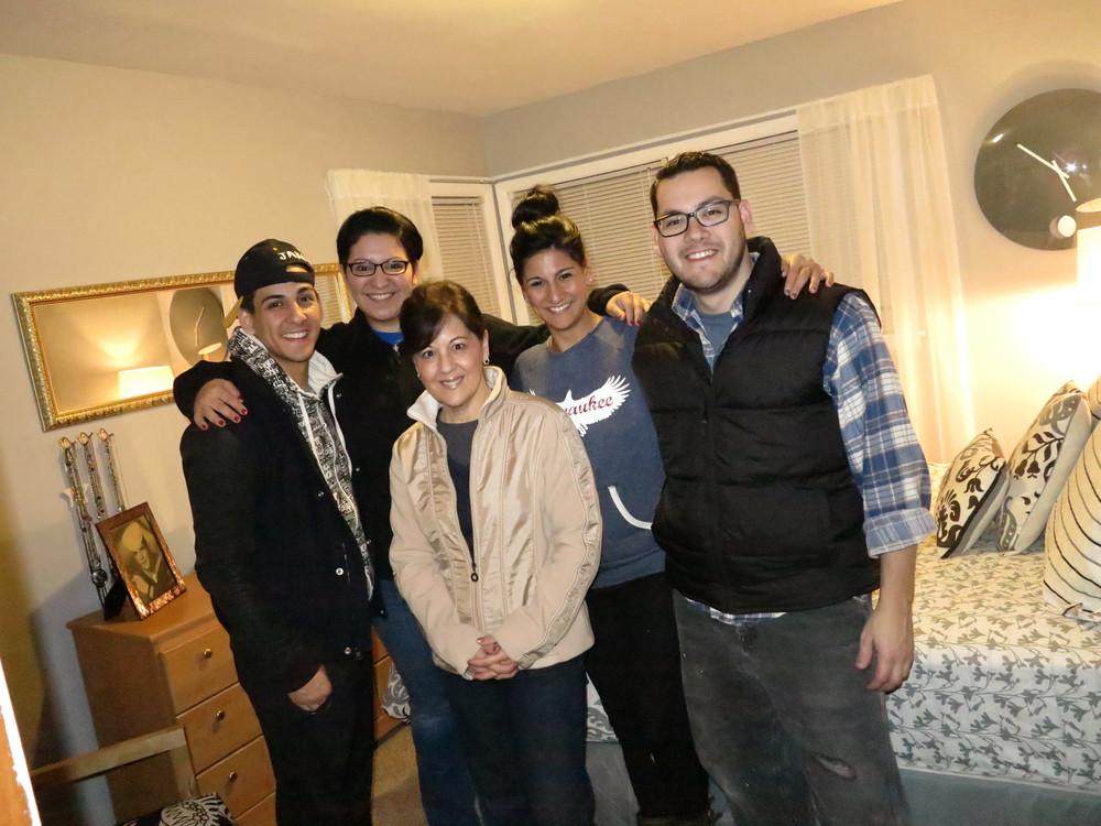 Dan, Lynda, Mama G, Gina, and James