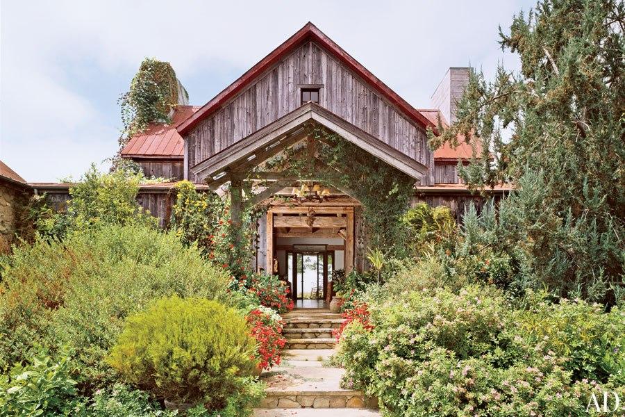 item10.rendition.slideshowWideHorizontal.barn-farmhouse-11.jpg