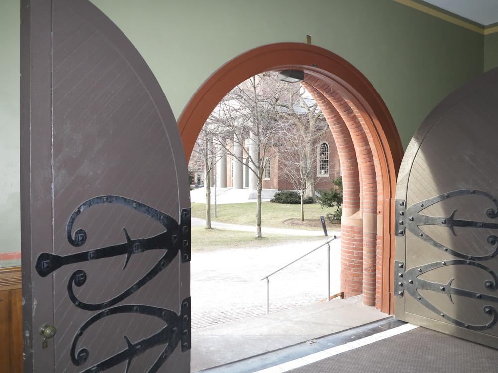 :: fantastic doors ::