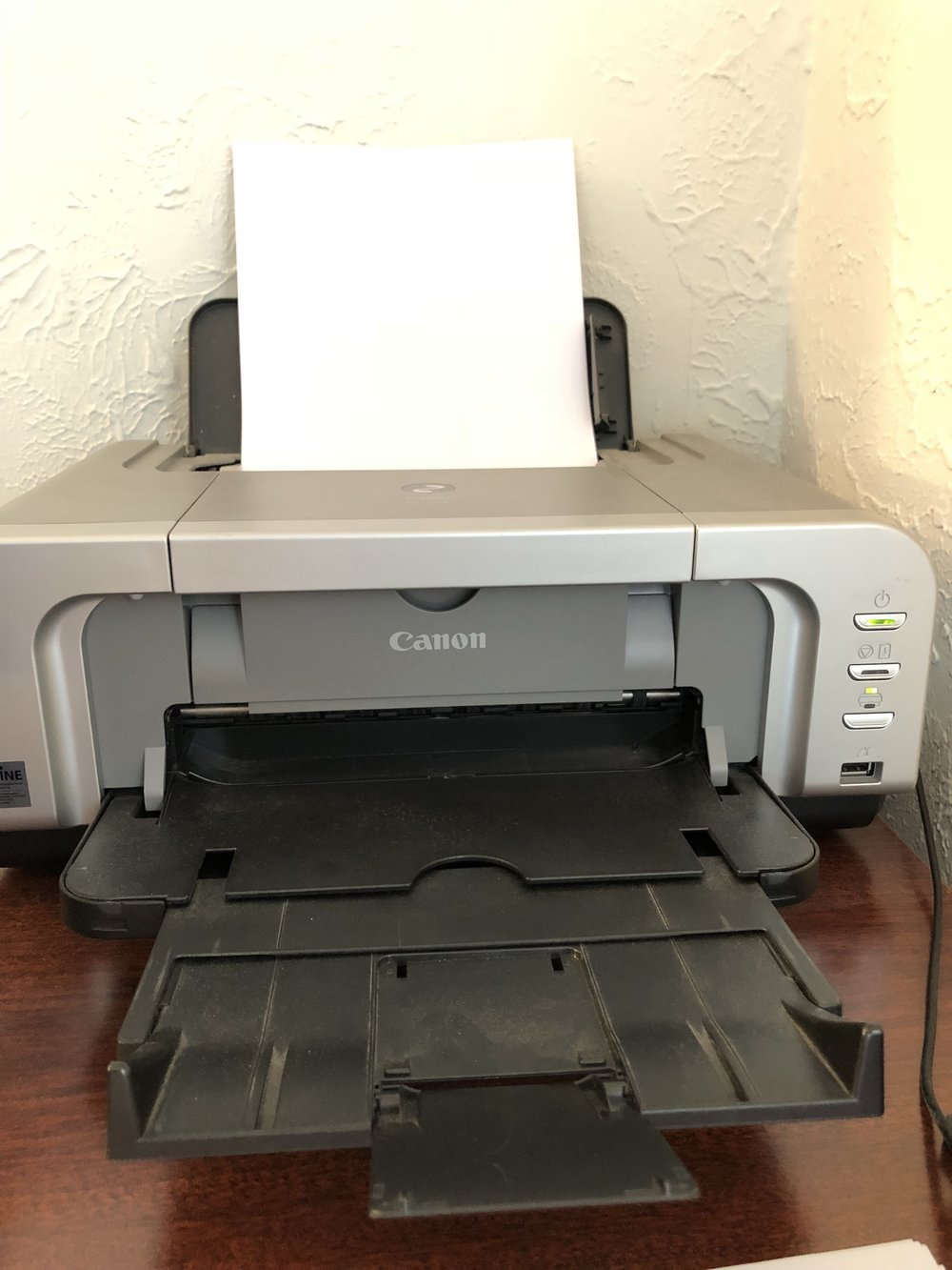 My beloved printer: a Canon Pixma iP4200