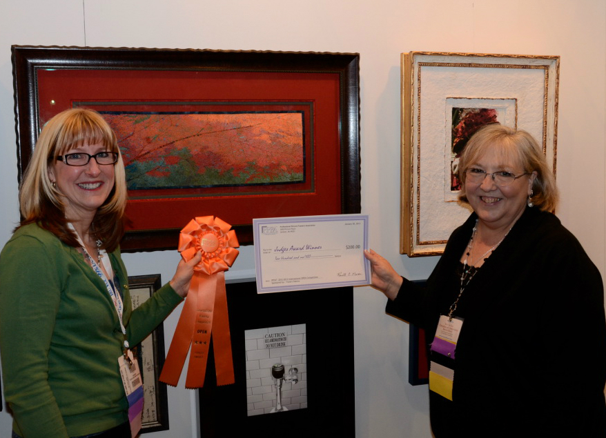 Myrna Dow (left) - 2012-2013 Judges Award Best Use of Fabric, International PPFA Award Winner