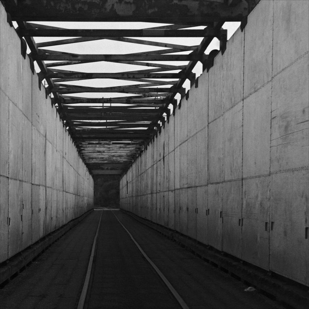 across neo's bridge