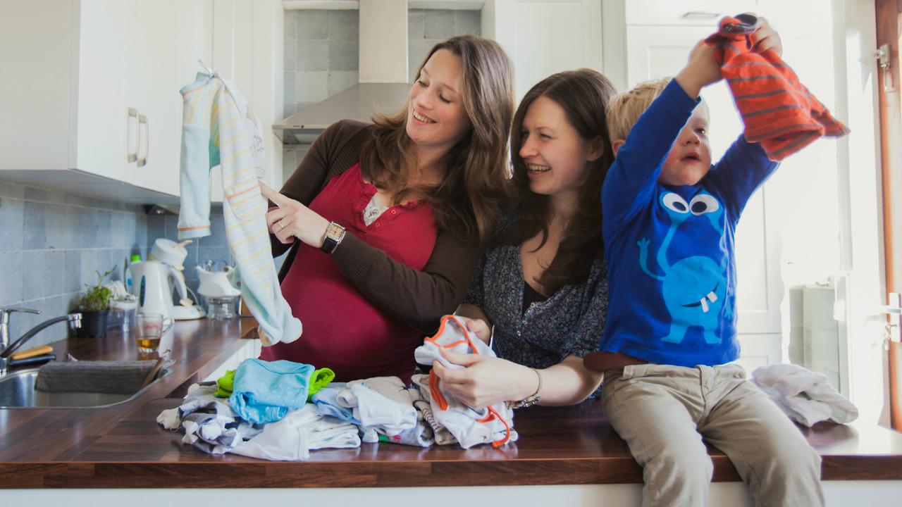 Via Jipio deel je makkelijk kinderkleertjes met je vrienden. Zo maak je beter gebruik van je hebt en krijg je toegang tot de kleding kast van je vrienden. Samen hebben we meer, deel je mee?
