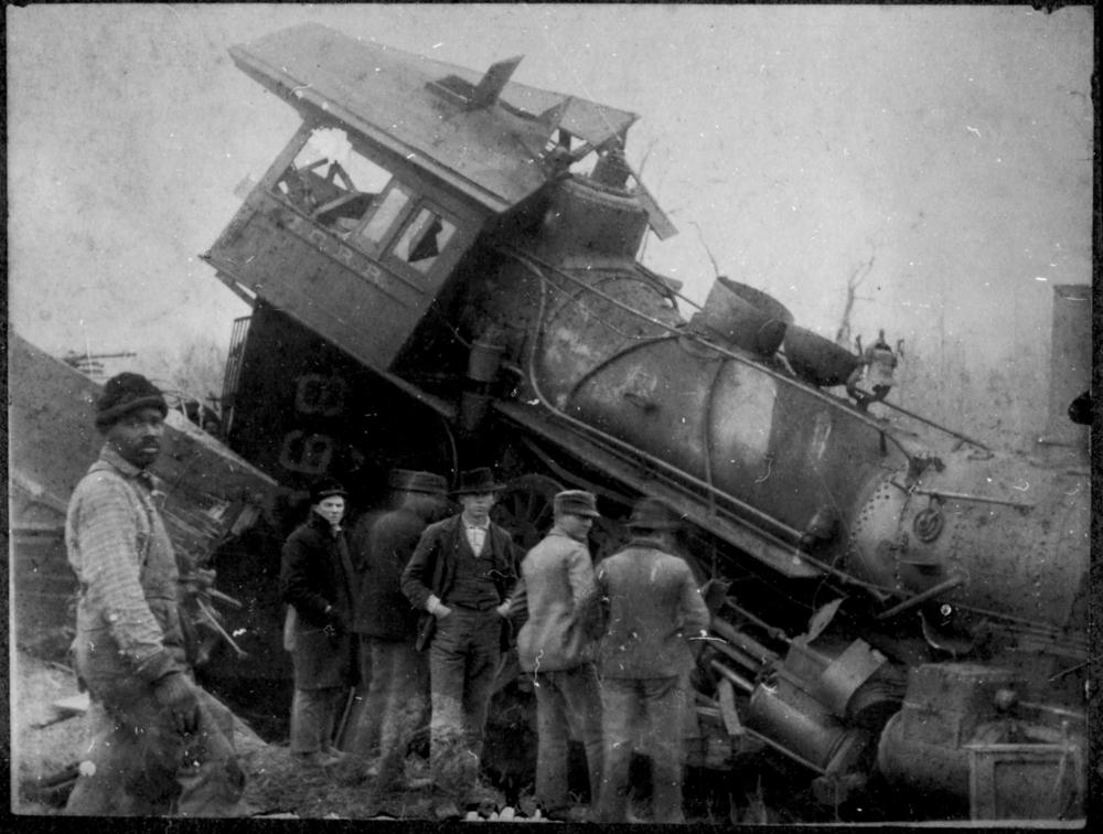 train wreck 1.jpg