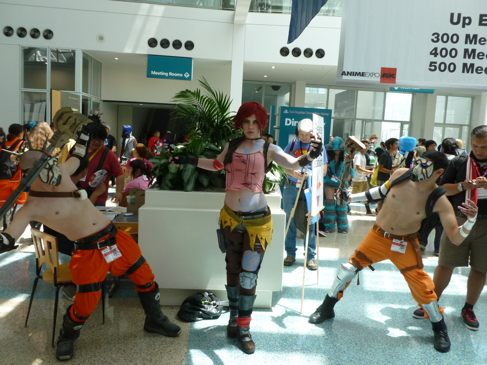 Borderlands 2 cosplayers (Personally thought the psycho costumes looked pretty badass).JPG