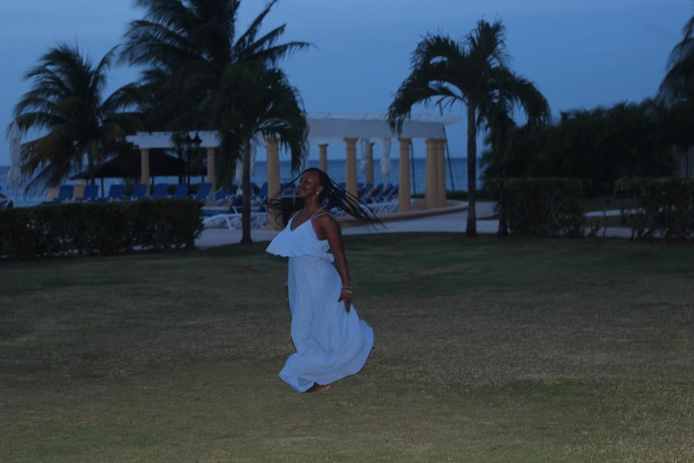 Island girl jump like a Maasai? Sure, why not...