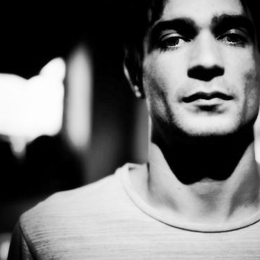 Jon_Hopkins_2013_1366125049_crop_550x367.jpg