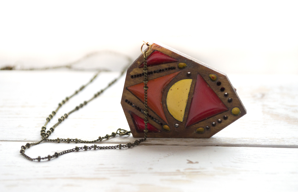Fetlar Necklace in Plimmerton Sunrise colours