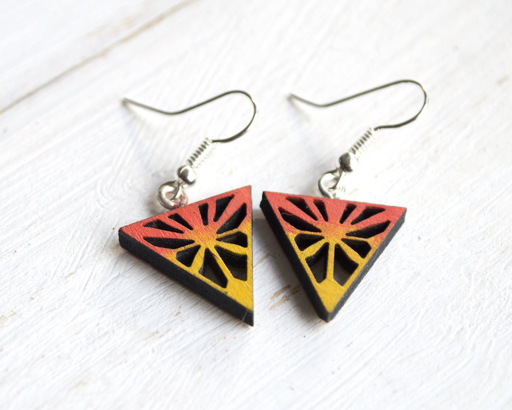 TT_Starburst_Earrings_Coral_Yellow1.jpg