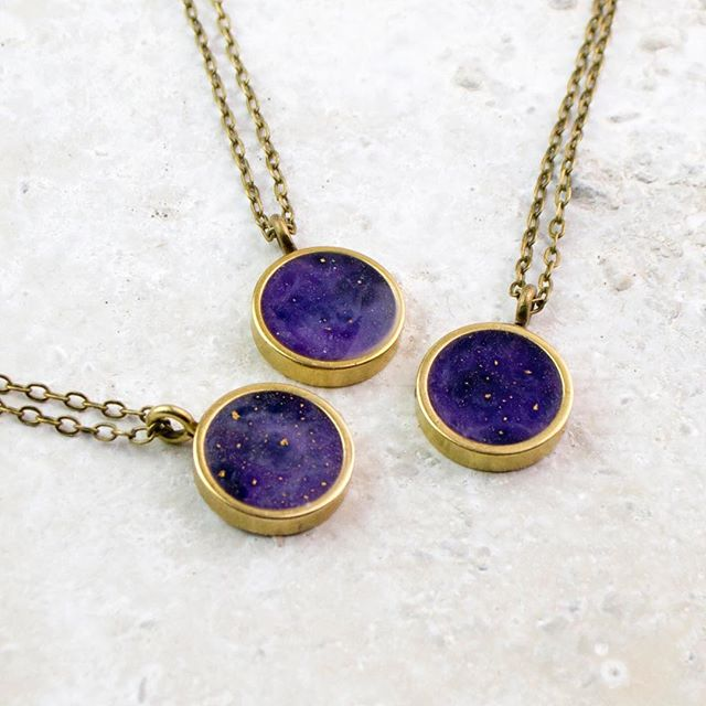 New MINI NEVIS necklaces in Ultra Violet! Beautiful, cosmic like patterns in a tiny, minimal design. So excited about this years colour chosen by Pantone. Lets see what else we can make with it! ! http://ow.ly/3rQC30hLtLg #ultraviolet #ColorOfTheYear #color2018 #pantone