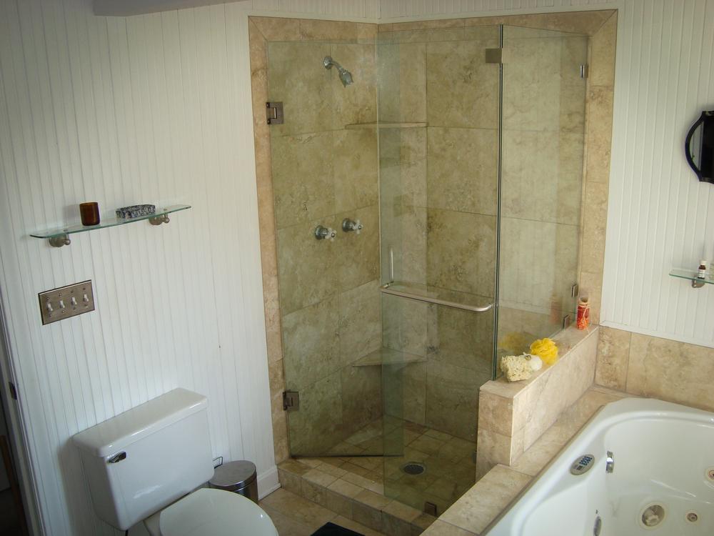 Master-Bath-3.png