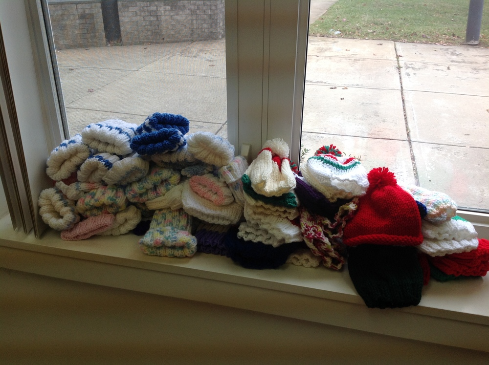 knitters1.JPG