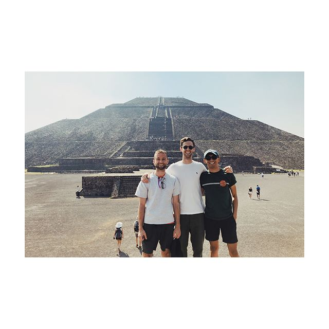 The homies minus two @julesgoogly @nikbentel 🌮🌮🌮 back from Mexico City...now bike camping trip to Tahoe with @son.of.ja 🚴‍♂️🚴‍♂️
