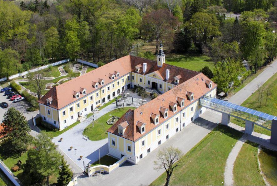Schloss Haindorf.JPG