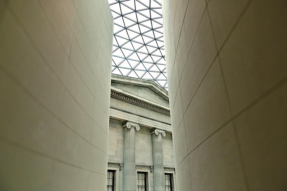 Ronnie Temple L1000646 British Museum atrium.jpg