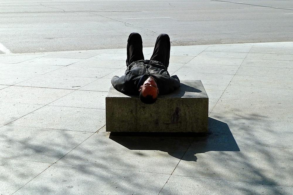 Ronnie Temple L1010548 Madrid sunbather.jpg